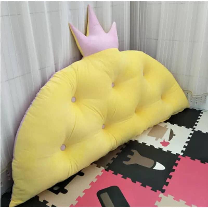 Gối tựa đầu giường hình vương miện